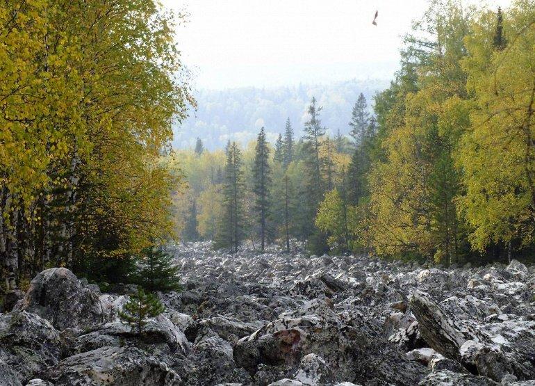 дорисовать недостающую каменная река таганай фото интерьер поражает традиционным