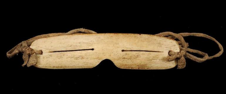 Снежные очки иннуитов